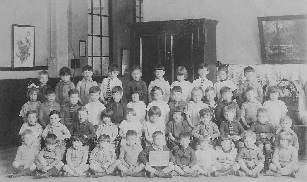 Group of children posing for school picture