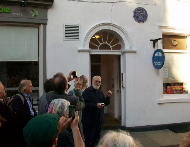 Plaque unveiled to identify Charles Dickens first London home